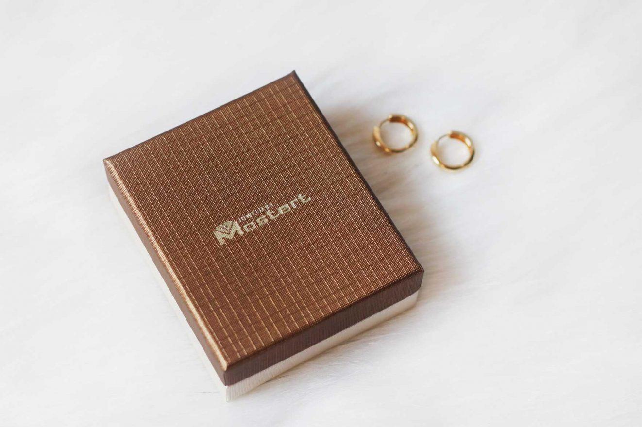 gouden oorbellen mostert juwelieren