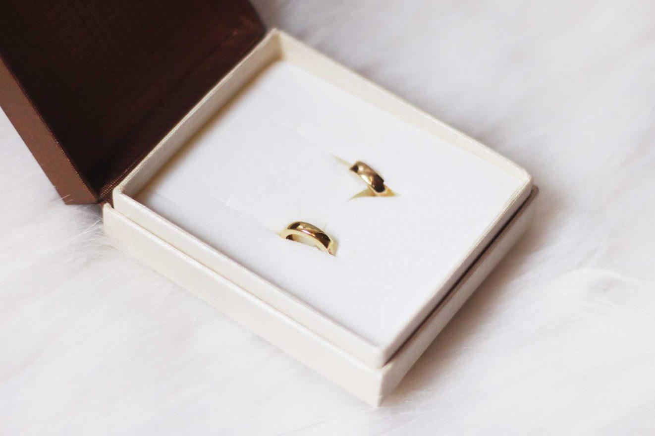 gouden oorbellen kopen